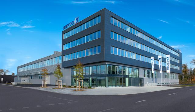 SERTO AG, FRAUENFELD   Büroeinrichtung - Büroplanung - Innenausbau   WSA
