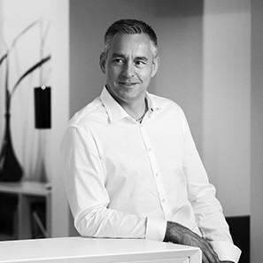 Andreas Flück | Büroeinrichtung - Büroplanung - Innenausbau | WSA