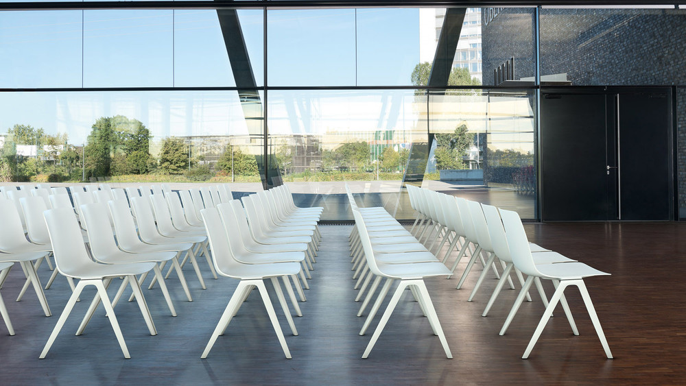 A-Chair   Büroeinrichtung - Büroplanung - Innenausbau   WSA