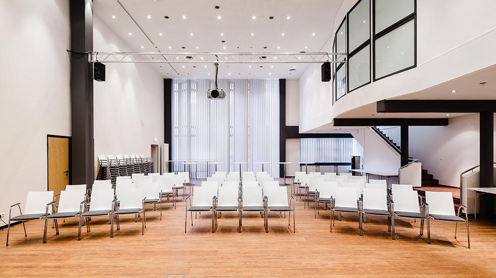 Firstline | Büroeinrichtung - Büroplanung - Innenausbau | WSA